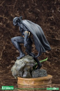 Black-Panther-Fine-Art-Statue-003