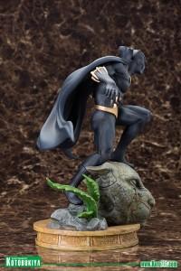 Black-Panther-Fine-Art-Statue-004