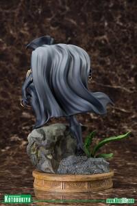 Black-Panther-Fine-Art-Statue-005