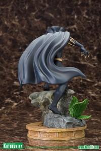 Black-Panther-Fine-Art-Statue-008