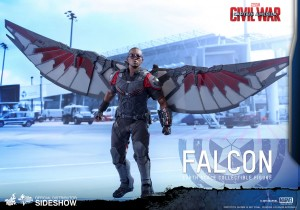 marvel-captain-america-civil-war-falcon-sixth-scale-hot-toys-902689-03