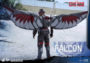 marvel-captain-america-civil-war-falcon-sixth-scale-hot-toys-902689-06