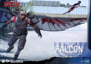marvel-captain-america-civil-war-falcon-sixth-scale-hot-toys-902689-08