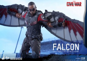 marvel-captain-america-civil-war-falcon-sixth-scale-hot-toys-902689-11