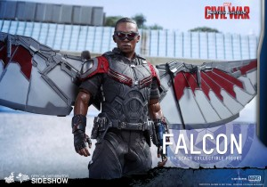 marvel-captain-america-civil-war-falcon-sixth-scale-hot-toys-902689-12