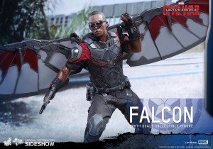 marvel-captain-america-civil-war-falcon-sixth-scale-hot-toys-902689-13