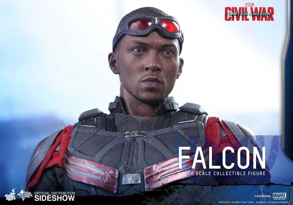 marvel-captain-america-civil-war-falcon-sixth-scale-hot-toys-902689-15
